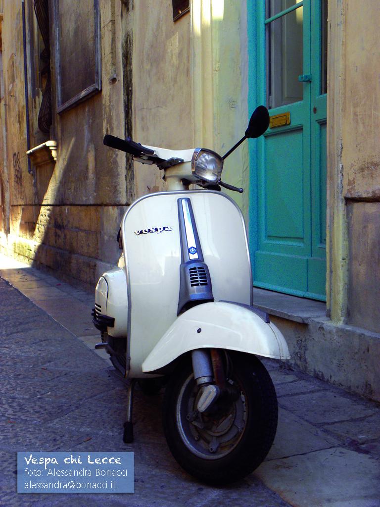 Fotografia Italy   Vespa chi Lecce   Fotografia di Alessandra Bonacci